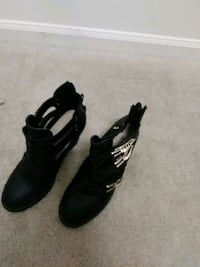pair of black leather boots Virginia Beach, 23451