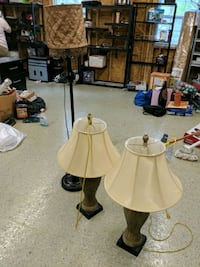 3 lamps, 10 each or 30 for all Gaithersburg, 20882