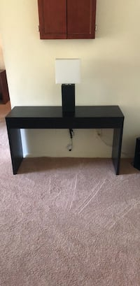 Console Table + Modern Lamp Gaithersburg, 20877
