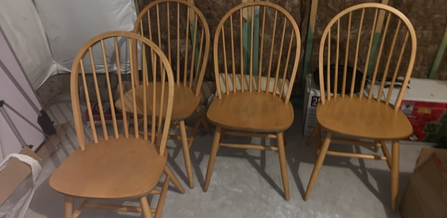 Kitchen chairs 7ec01de3-45cb-4d99-ac66-252f6a1a9222