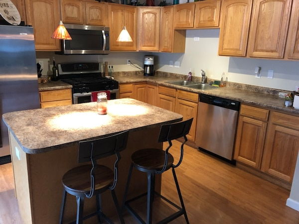 Kitchen Countertops with double sink - Pick up only