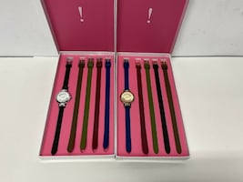 ISAAC MIZRAHI INTERCHANGEABLE WATCH SET WITH LEATHER STRAP