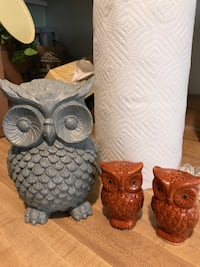 Grey owl and orange salt and pepper shakers/ adorable chalk painted and waxed grey owl Bakersfield, 93308