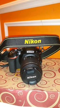 NIKON D5600 W/64GB MEMORY STICK  Sterling, 20166