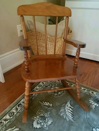 child's rocking chair  518 km