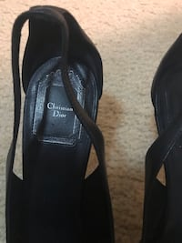Pair of chistian Dior size 8 Kensington, 20895