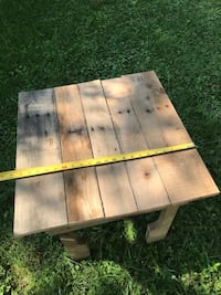 Pallet patio table  Waterford, 20197