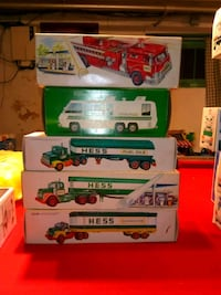white and green Hess toy truck with box Philadelphia, 19136