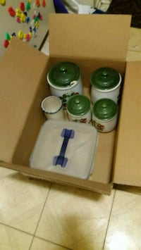 Free jars and container Lorton, 22079