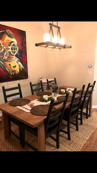 Excellent condition: Dining Table + Chairs Tampa, 33602