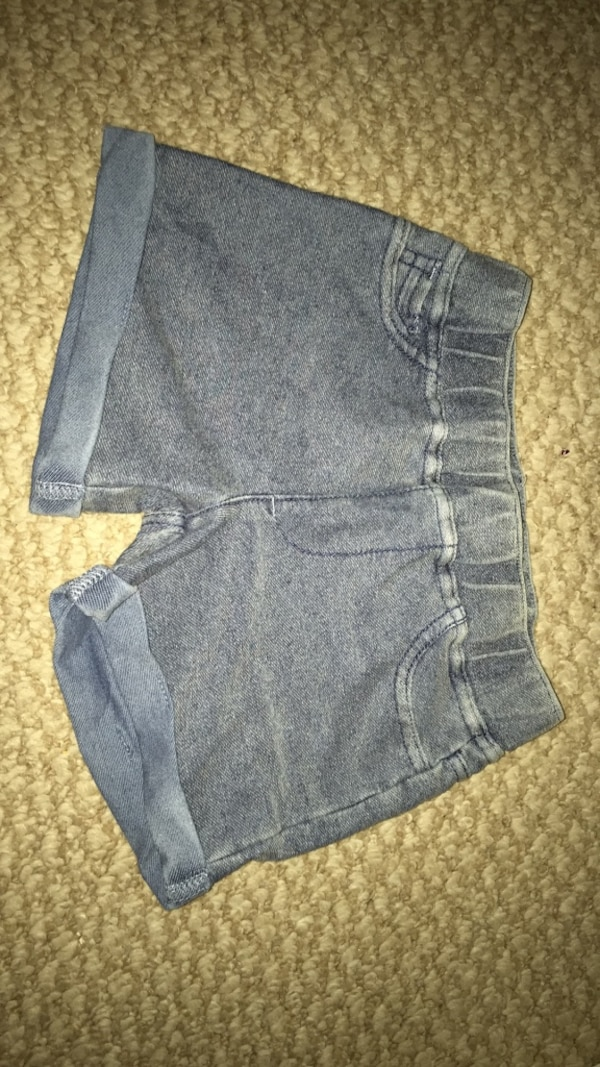 shorts  and size 4