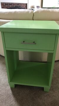 green wooden single-drawer end table Gahanna, 43054