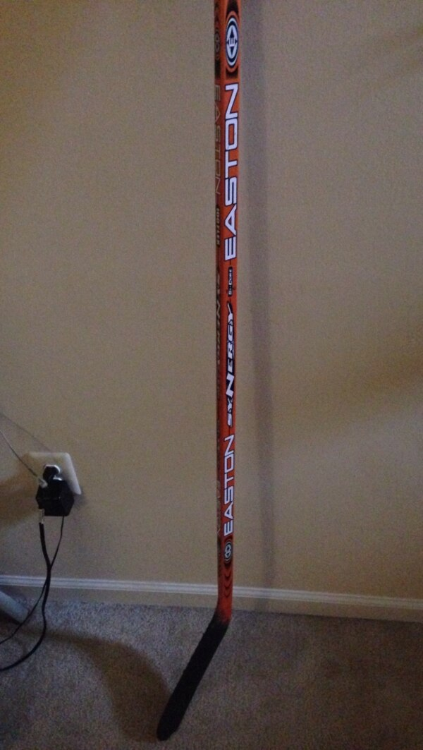 8a39619a113 Used Easton si-core 100flex Synergy hockey stick Great condition for sale  in Sterling