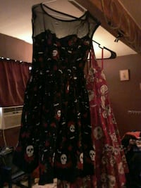 black and red floral sleeveless dress Bastrop, 78602