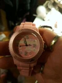 watch brand new battery smaller womens or jr size wrists..cute pink