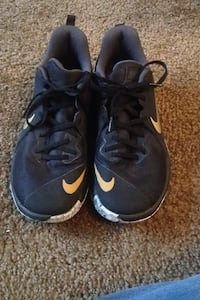pair of blue Nike running shoes Richland, 99354