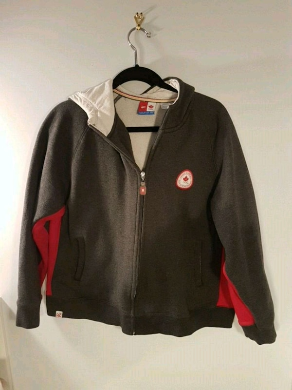Canadian Olymic hoodie size M