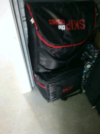 black and red skip the dishes warmer delivery bags Grande Prairie, T8V 2K6