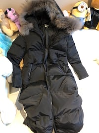 Long puffer coat (size small) 3756 km