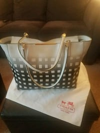 Coach Madison East/West Tote  Monroe