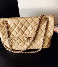REDUCED Chanel flap bag- Classic nude-maxi Edmonton, T6K 2Y6