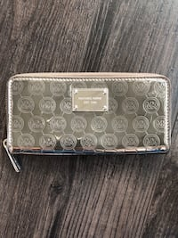 Michael Kors Wallet & Card/phone holder Mississauga, L5B 3Y3