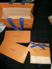 Louis Vuitton box, bag and recept books and dust bag for pocles . OBO Mississauga, L5M