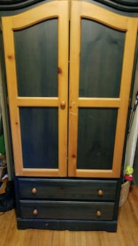 Wooden armoire West Vancouver, V7T 2H5