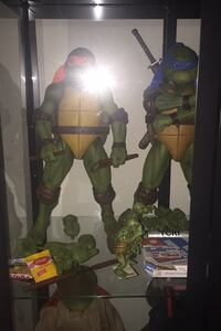 1/4 Scale  Michelangelo open new condition comes with all accessories  Toronto, M9M