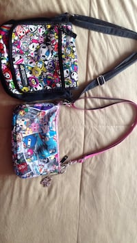 Cute purses for any age good condition  pick up in Laval
