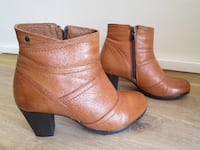 Women's leather ankle boots (size 36)