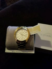 Mk watch authentic  like new El Paso