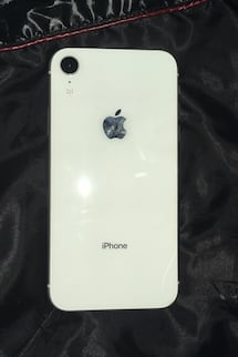 White iPhone XR