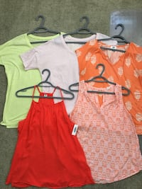 Woman's old navy shirt clothing lot Winnipeg, R3M 3P2