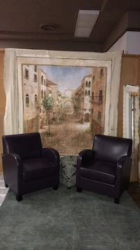Two New purple leather chairs Modesto, 95354