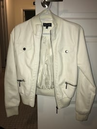 White leather jacket (women's) Brampton, L6T 4E2