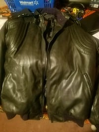 black leather zip-up jacket Buena Vista, 24416