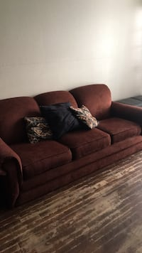 couch/sofa Fort Worth, 76115