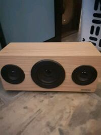 Loud Bluetooth speaker  Vancouver, V5K 2C6