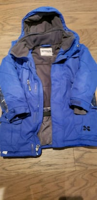 Boy's winter coat. Gently used 553 km