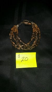 gold-colored chain necklace Bowie, 20720