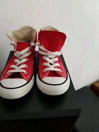 paire de baskets montantes rouges Converse All Sta Paris-20E-Arrondissement, 75020