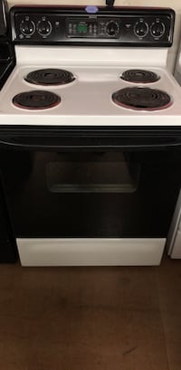 Black/White GE Coil Top Stove  Woodbridge, 22191