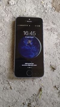 iPhone 5s space gray  8755 km