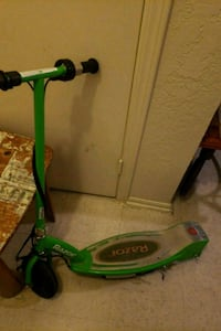 green and gray Razor kick scooter Oklahoma City, 73119