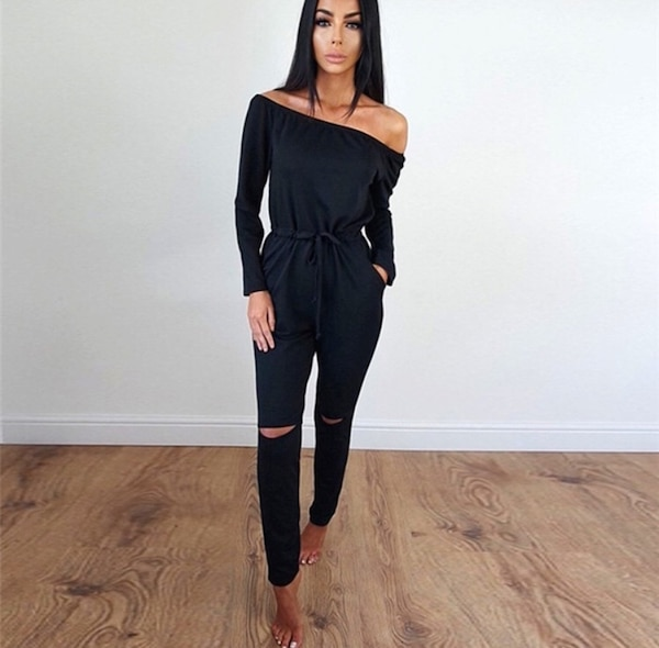 Women's black off-shoulder long-sleeved jumpsuit Small