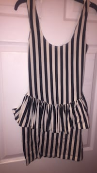 white and black striped scoop-neck dress New York, 11221