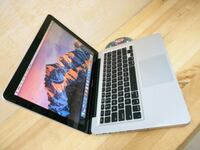 Fast Apple Macbook Pro i5 2011 42 km