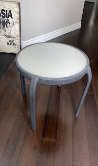 Outdoor side table  Guelph/Eramosa, N0B