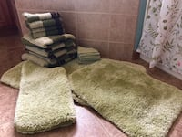 Towel set/Rugs Green Bay, 54311